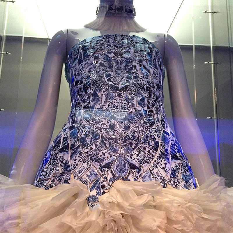 Bodice of dress made of blue-and-white porcelain shards.
