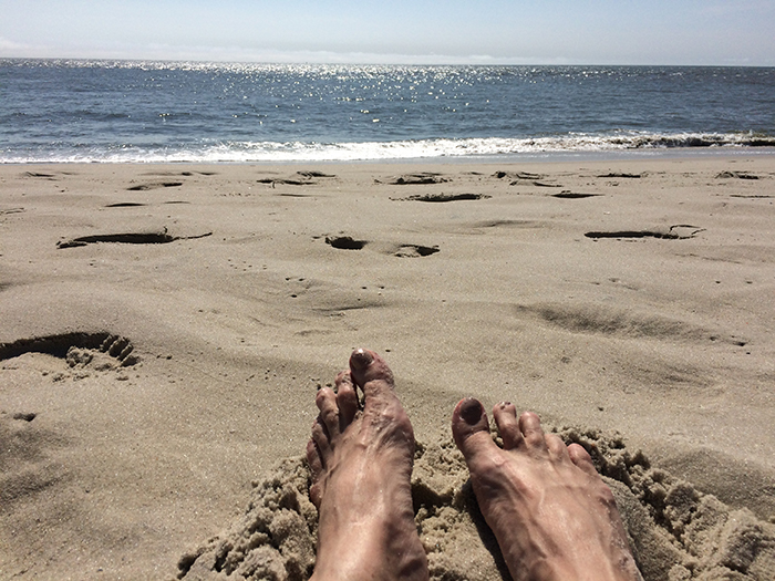 Image of feet on the beach